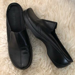 Bare Traps Women's Shoes Sz 7.5 M